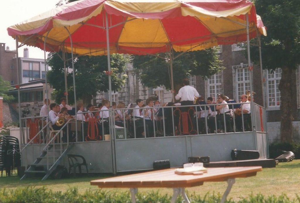 1999 kiosk optreden harmonie sint-cecilia gingelom