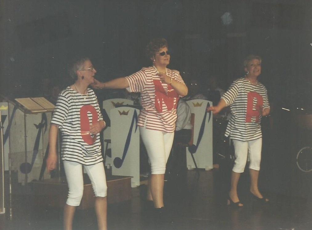 2001 oma's aan de top