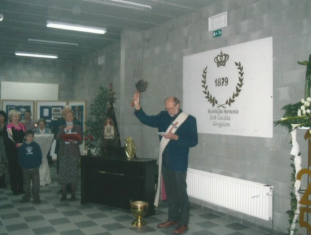 inwijding lokaal 2004
